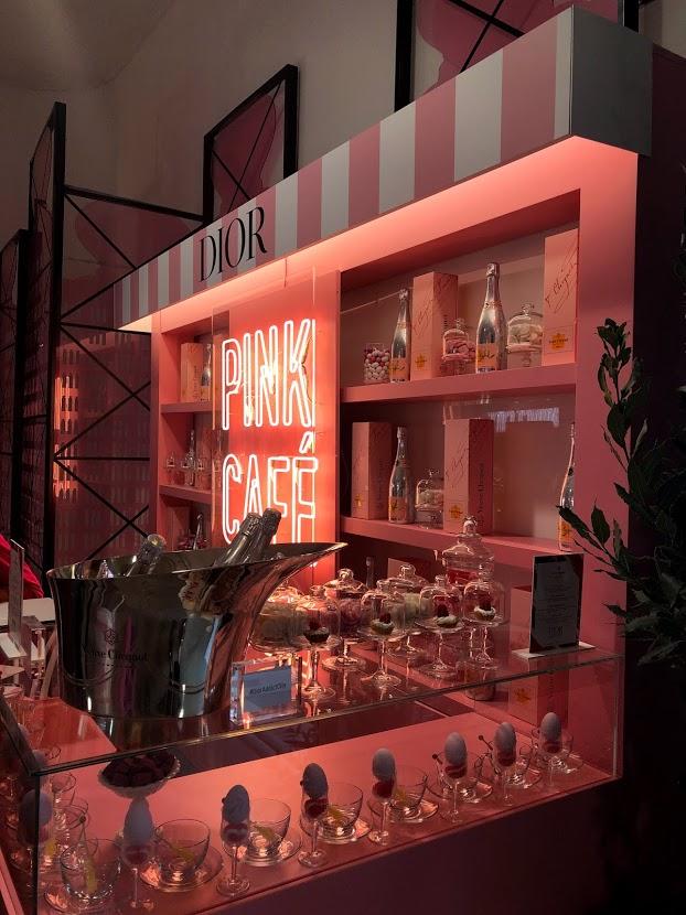 Vanity Fair Social Garden, corner Dior