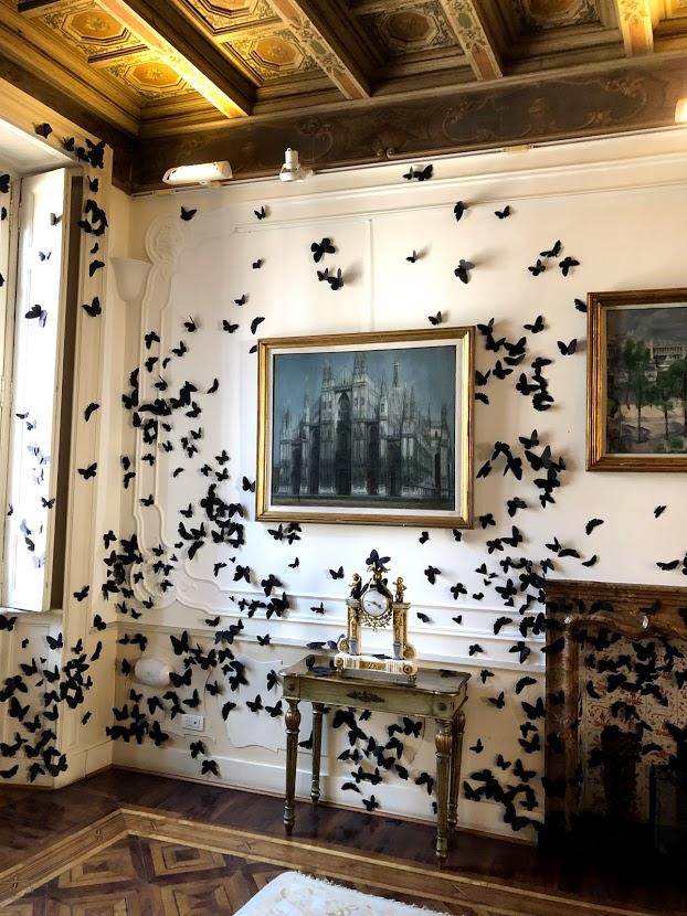 L'ora dannata di Carlos Amorales ha popolato con 15.000 farfalle la Fondazione Adolfo Pini